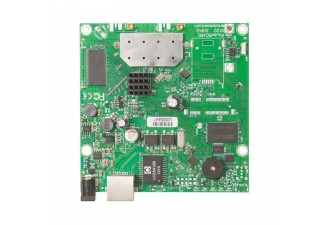 Материнская плата MikroTik RouterBOARD 911G with 600Mhz Atheros CPU, 64MB RAM, 1xGigabit LAN, built-in 2.4Ghz 802.11b/g/n 2x2 two chain wireless, 2xMMCX connectors, RouterOS L3