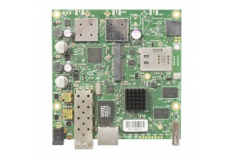 Материнская плата MikroTik RouterBOARD 922UAGS with 720MHz Atheros CPU, 128MB RAM, 1xGigabit LAN, USB, 1xSFP, miniPCIe, SIM slot, built-in 5Ghz 802.11a/c 2x2 two chain wireless, 2xMMCX connectors, RouterOS L4